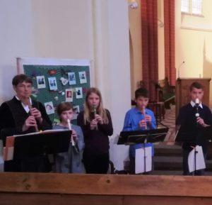 Adventsgottesdienst mit der Flötengruppe @ Dorfkirche Klink